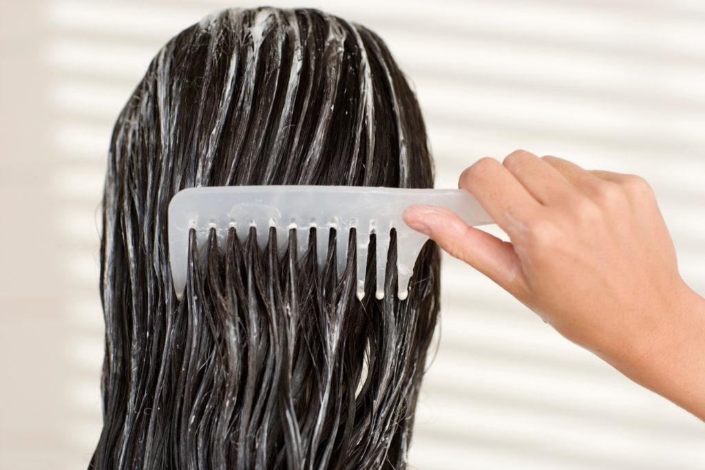 волосы в бальзаме